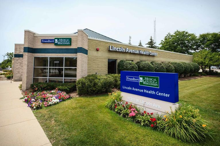 Lincoln-Avenue-Health-Center-West Allis