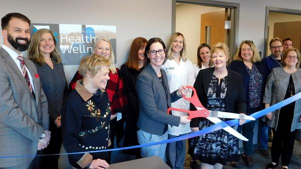 mequon-thiensville-employee-clinic-ribbon-cutting